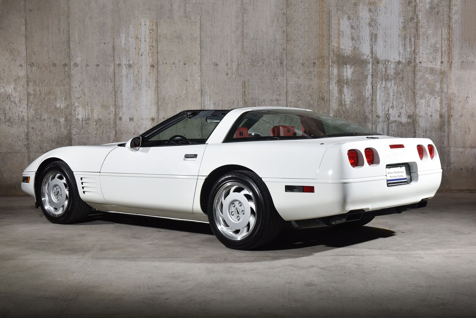 1992 White Chevrolet Corvette   | C4 Corvette Photo 6