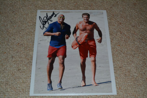 DAVID HASSELHOFF  signed  Autogramm 20x25 In Person BAYWATCH 2017 Dwayne Johnson