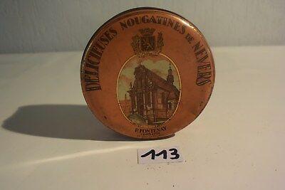 C113 Ancienne boite en métal Nougatines de Nevers