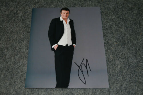 JASON SEGEL signed Autogramm 20x25 cm In Person HOW I MET YOUR MOTHER Marshall
