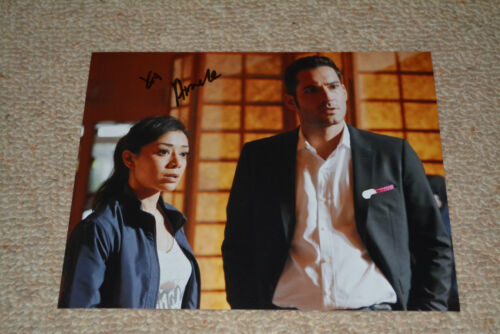 AIMEE GARCIA signed autograph In Person 8x10 (20x25 cm) LUCIFER