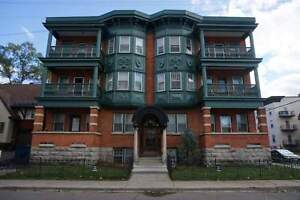 Large 2 Bed  – Sandy Hill – Oct 1st