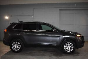 2015 Jeep Cherokee NORTH 4X4 - LEATHER * HANDSFREE * CRUISE