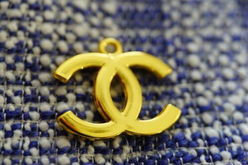 100% Chanel button 1 pieces  cc logo size 0,8 inch charm  zipper pull   emblem