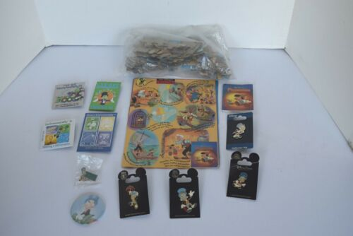 Vintage Collection 11 Walt Disney Pinocchio & Jimmy Cricket Pins and Puzzle