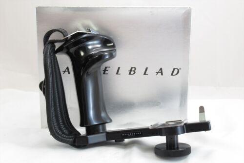 【NEAR MINT in BOX】Hasselblad Flashgun Bracket for 500C/M 2000FC/M 45071 #3319