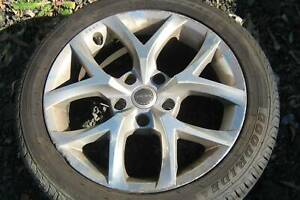 """17"""" x 8"""" ROH Commodore Alloy wheels AS NEW 235/45 R17 Roadstone tyres"""