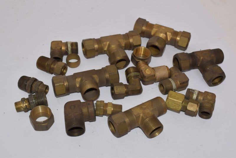 Lot Of Mixed Brass Plumber Fittings, Tee Fittings, Hose Fittings, Pipe Fittings