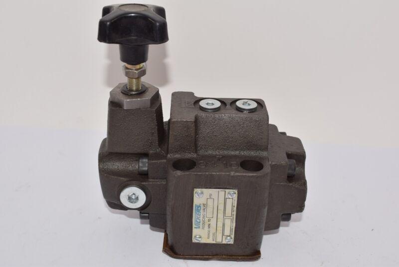 NEW Vickers (Eaton) 626081 XCG 03 3F 30 Hydraulic Reducing Valve