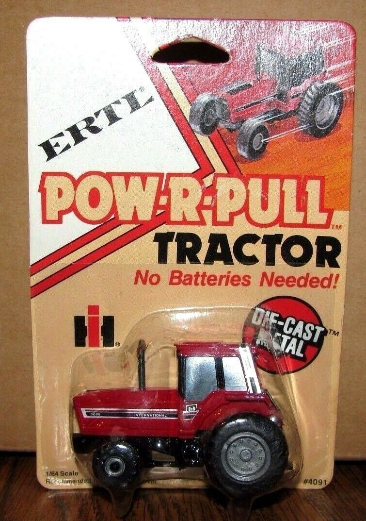 *Ertl IH International Harvester 5088 Pow-R-Pull Tractor 1/64 Toy Die Cast Metal