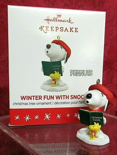 Hallmark 2016 Peanuts Miniature Series Ornament #19 Winter Fun With Snoopy
