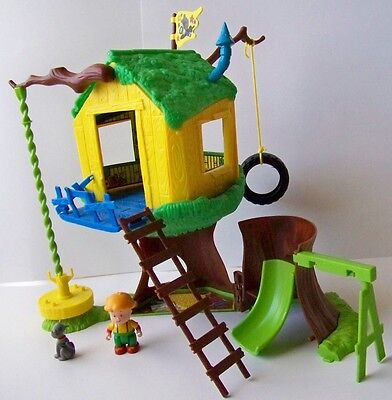 INCOMPLETE Caillou Treehouse