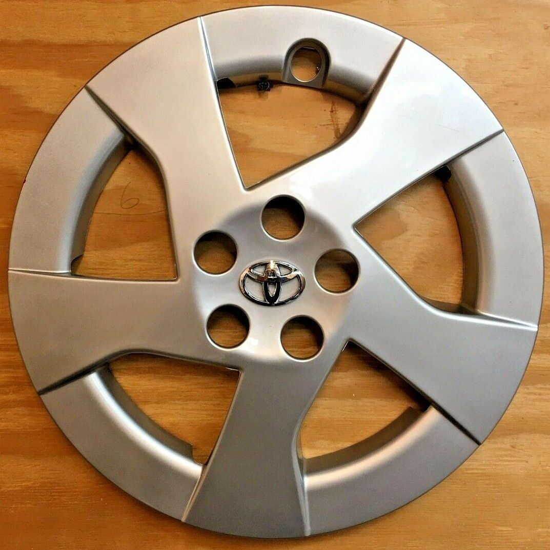 1 Replacement Hubcap for Toyota PRIUS 2010 - 2011 15