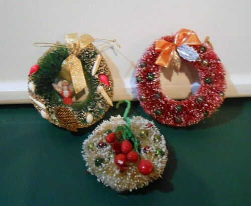 Vintage Bottle Brush Christmas Wreath Ornaments Three Green Ivory Plum
