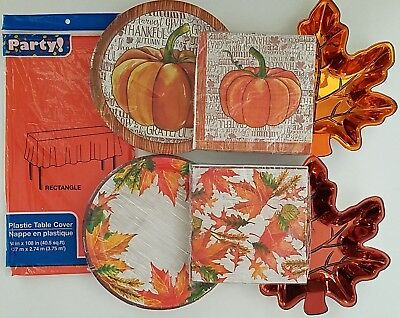 iving Luncheon Plates, Napkins, Table Covers, Select: Type (Thanksgiving Luncheon)