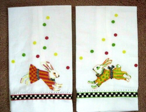 NEW SET MACKENZIE CHILDS BUNNY HOP EMBROIDERED GUEST TOWELS EASTER SPRING DECOR