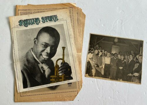Estate Group photo of a Young LOUIS ARMSTRONG w/Rolling Stone 1971 Tribute paper