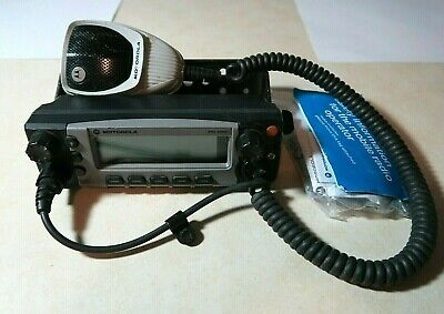 Motorola Xtl5000 Apx Radio O5 Remote Control Head With Bracket And Microphone