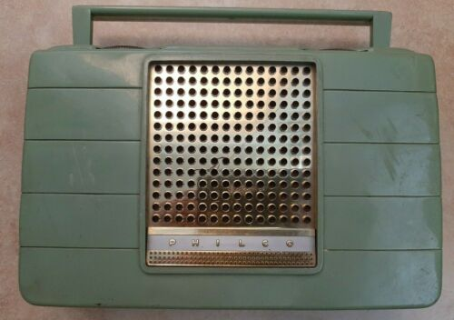 Vintage AM PHILCO Green Radio