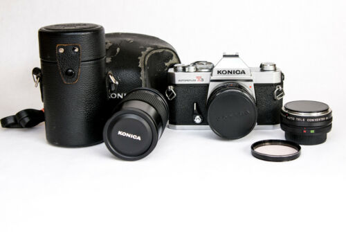 VINTAGE KONICA AUTOREFLEX T3 35MM SLR FILM CAMERA TWO LENSES KIT NEAR MINT