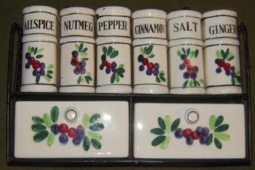 Ceramic spice set with metal rack