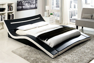Modern Stylish Design Black/ White Padded Leatherette Queen Size Bed Furniture ()