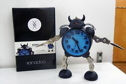 ROBO CLOCK WITH QUIET SWEEP ALARM CLOCK WITH SOUND AND LIGHT FUNCTION