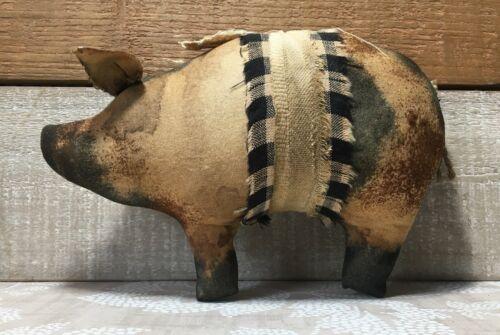 Primitive Pig Farmhouse Decor / Pig Bowl Filler / Pig Decor