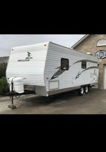 2006 Mallard Camper - 26 ft - Travel Trailer