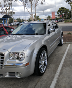 IMMACULATE CONDITION 2010 CHRYSLER 300C SEDAN Hillside Melton Area Preview