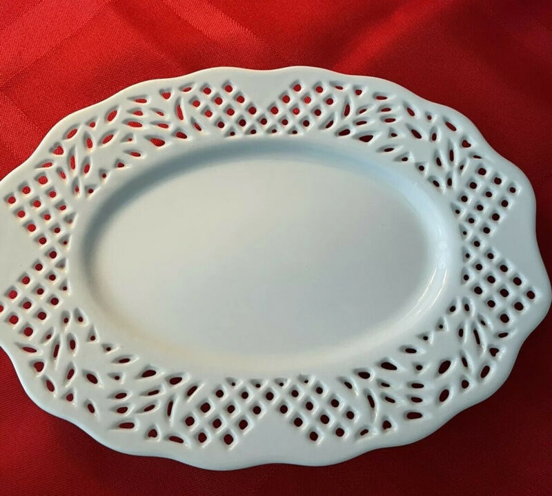 White Oval Reticulated Plate/Tray Vintage