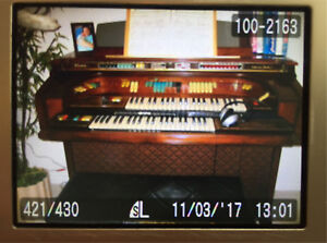 Like-New Piano Organ for Sale