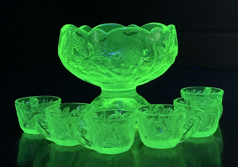 Vaseline Glass Strawberries Strawberry Master Salt & 6 Cellars Mini Punch Bowl