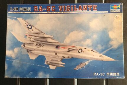 Trumpeter RA-5C Vigilante 1:48 Model Kit