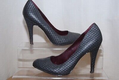 Jessica Simpson Ladies Grey Spotty Pattern Leather Court Shoes Uk Size 5.5