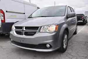 2017 Dodge Grand Caravan Crew FULL STOW AND GO/REAR HEAT AND AIR