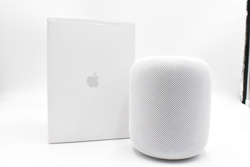 Apple HomePod - MQHV2LL/A Voice Enabled Speaker - White, Excellent Condition