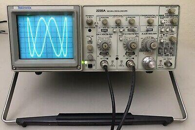 Tektronix 2235a Dual Trace 100 Mhz Oscilloscope Nice
