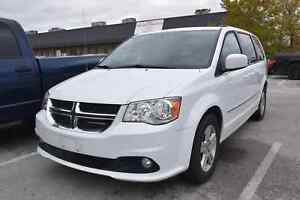 2017 Dodge Grand Caravan Crew FULL STOW AND GO, REAR HEAT AND AI