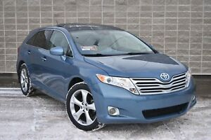 2011 Toyota Venza AWD V6 | Premium Package | Leather | Sunroof