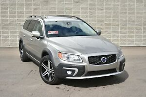 2014 Volvo XC70 T6 Platinum | Technoloy Pkg | Two Sets of Wheels
