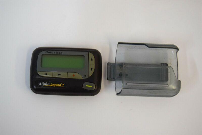 Motorola Unication Alpha Legend + 460-470Mhz Alphanumeric Pager w Holster