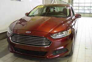 2015 Ford Fusion SE PEU DE KMS