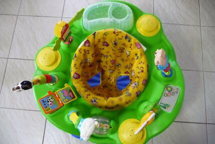 EvenFlo Exersaucer Play station & Bouncer Gymini .