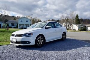 2013 Volkswagen Jetta 2.5L Sportline | $12,000