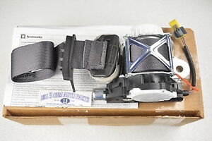 gmc sierra seat belt chevrolet silverado gmc sierra cadillac lh driver side seat belt kit new oem