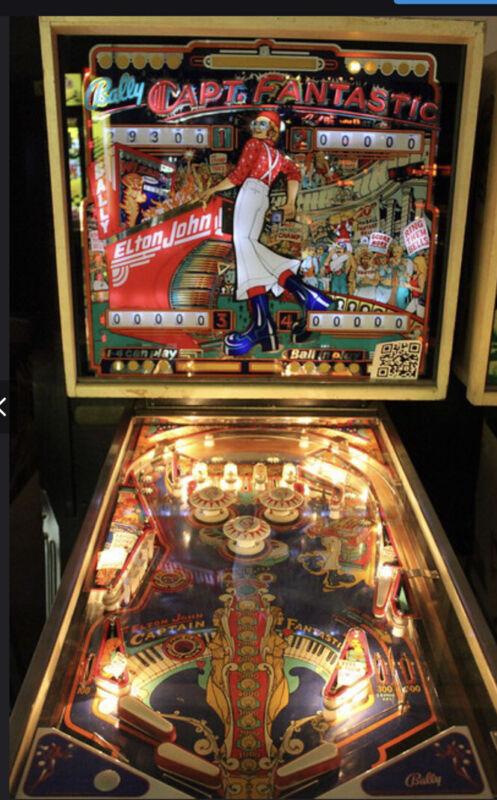 Captain Fantastic Pinball Machine  Coinop