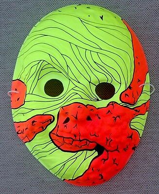 VINTAGE Mummy Monster Creature HALLOWEEN MASK Mint Shape Plastic Style