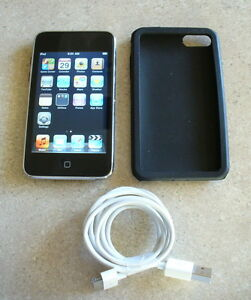 Used-Apple-iPod-Touch-3rd-Gen-8GB-Very-Nice-Condition