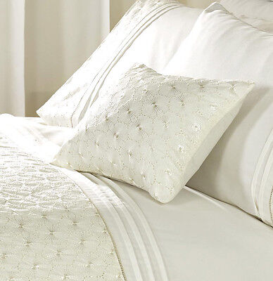 Curtains Ideas cream bedding and curtains : Everdean Bed Linen Cream Duvet Sets Curtains or Throws 30x40cm ...
